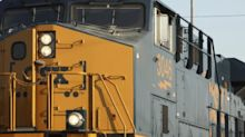 CSX Views 2H With Guarded Optimism