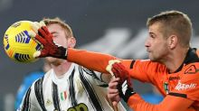 Spezia 'keeper tests positive for Covid after Juve match