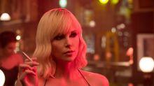 Charlize Theron mostra que é boa de briga no trailer de 'Atômica'
