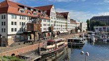 Ausflugs-Tipp: Entspannt die Schiffe zählen in Tempelhof