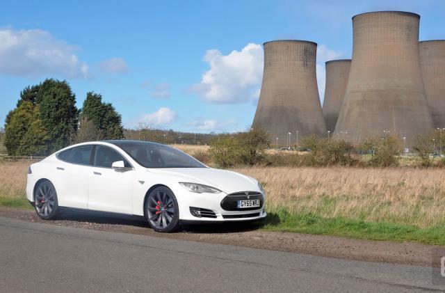 The UK gets its first driverless car insurer