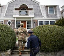 Coronavirus: Rhode Island forces all travelers from other states into self-quarantine