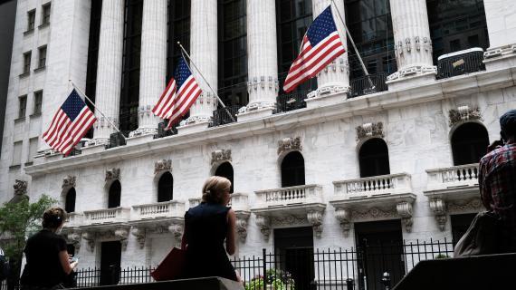 Stock futures drift as investor await earnings