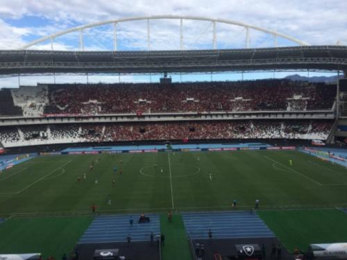 Botafogo lucra mais do que os rivais com clássico no Estádio Nilton Santos