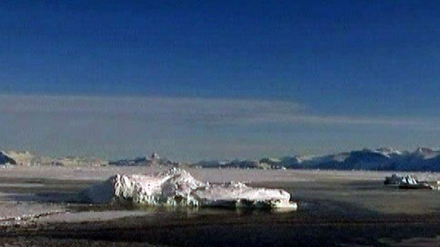 Around the World: Glacier snaps off Greenland ice sheet