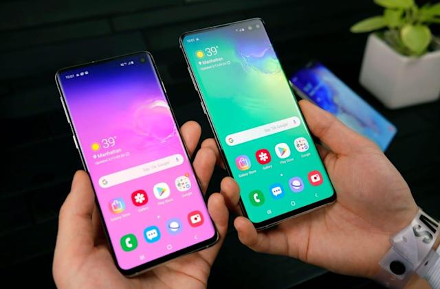 Samsung is giving away a screen protector with the Galaxy S10