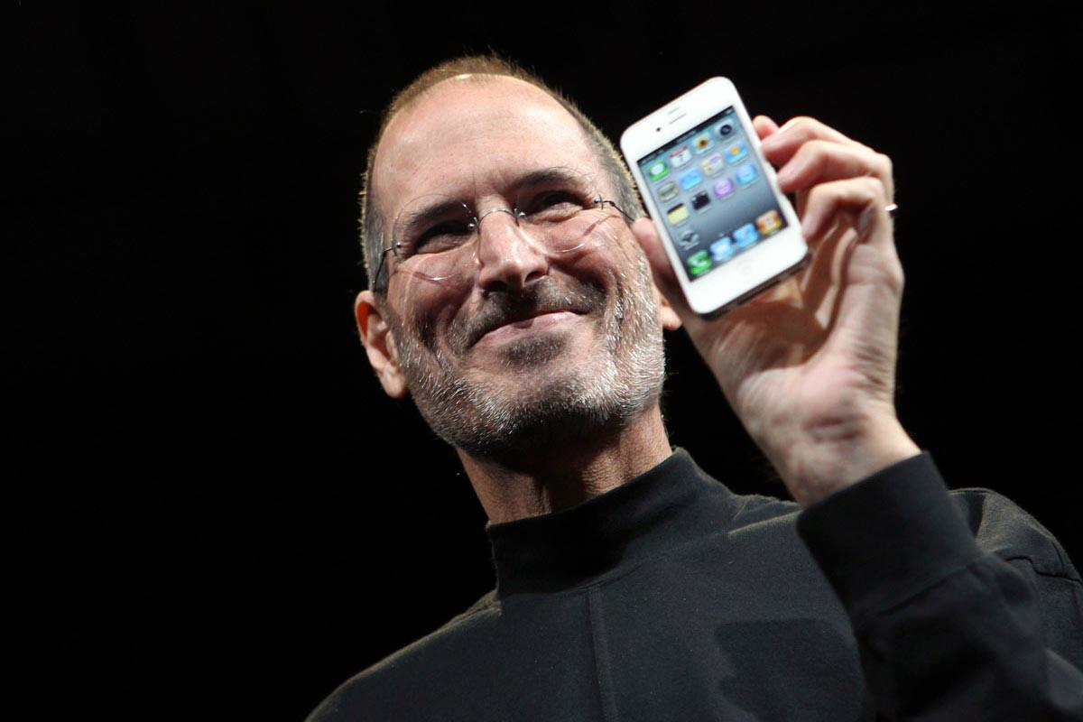steve jobs apple Steven p jobs, the apple co-founder who pioneered the personal computer industry and changed the way people think about technology, died wednesday.