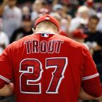 Mike Trout has torn ligament in left thumb