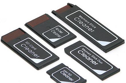 EverGreen kit cleans your flash memory card reader