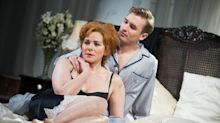 Kim Cattrall Is A Cougar Of The Stage: Sweet Bird Of Youth (REVIEW)