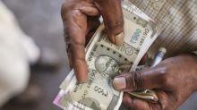 Rupee Revisits 1-Week High Ahead Of Key Macro Data