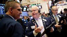 Wall Street amplía las pérdidas y el Dow Jones baja un 1,06 % a media sesión
