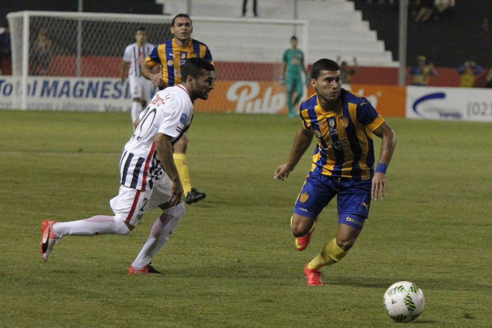 El Gumarelo sigue firme en la cima del torneo guaraní