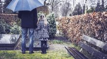 How parents can help a grieving child and tackle tricky conversations about death