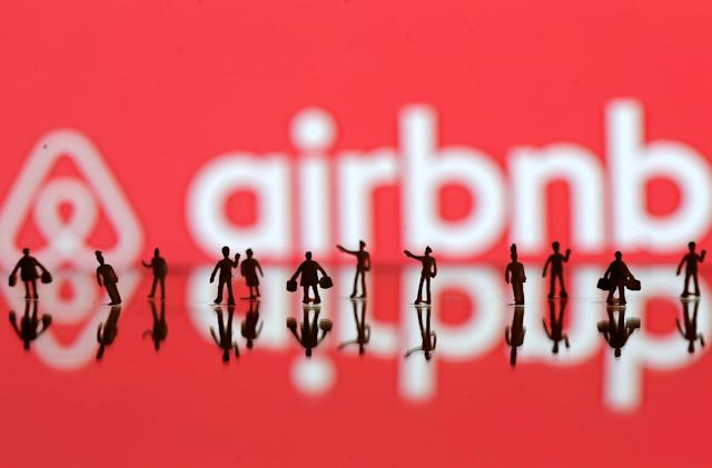 Airbnb claims Santa Monica ban violates the Constitution