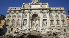 Female tourists set off 8-person brawl at Rome's Trevi Fountain — and it's all because of selfies