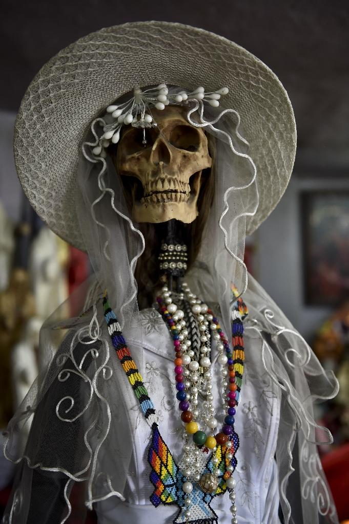 Pope faces Mexicans worshipping skeletal 'Death Saint'