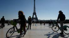 """Vélib': la mairie de Paris demande un """"plan d'urgence"""""""