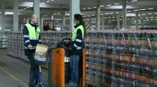 McDonald's-Mitarbeiter helfen in Corona-Krise bei Aldi aus