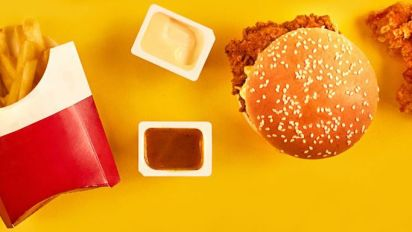 How to Resist Junk Food Cravings, According to Neuroscientists
