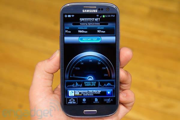 T-Mobile Galaxy S III hands-on (video)
