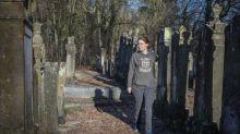 Qui sont les « Veilleurs de mémoire » des cimetières juifs en Alsace ?