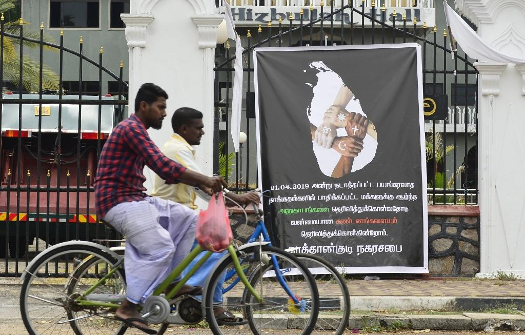 People of different faiths have been nervous to attend public sites of worship in the aftermath of the bombings (AFP Photo/LAKRUWAN WANNIARACHCHI)