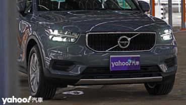 【新車圖輯】為入門重新定義!2021 Volvo XC40 T3 Momentum城中試駕