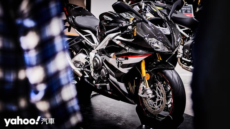 唯一官方認可道路化廠車!Triumph Daytona Moto2 765 Limited Edition實車鑑賞! - 1