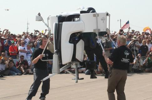 Martin Jetpack public test flights taking off in early 2010