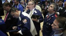 Stock Indexes Deepen Losses In Midday Trade