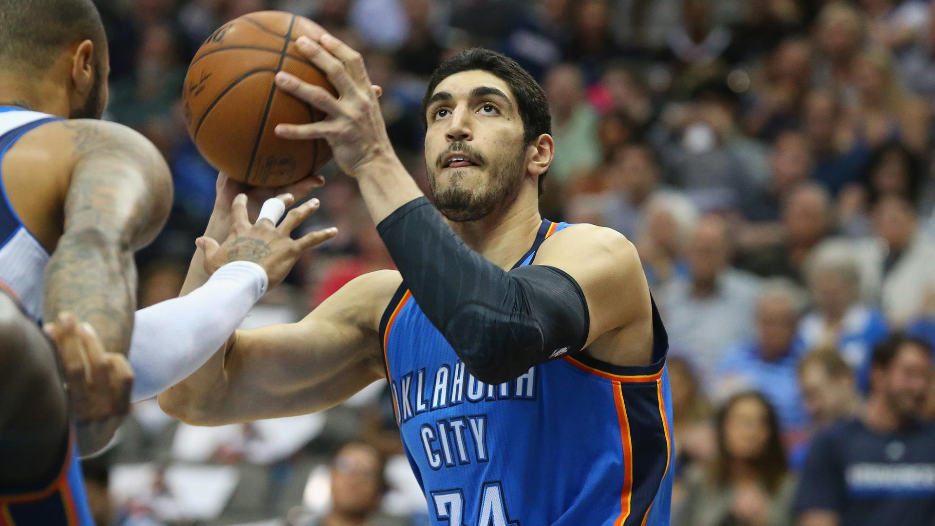 enes kanter u0026 39 s family disowns him over turkey u0026 39 s political