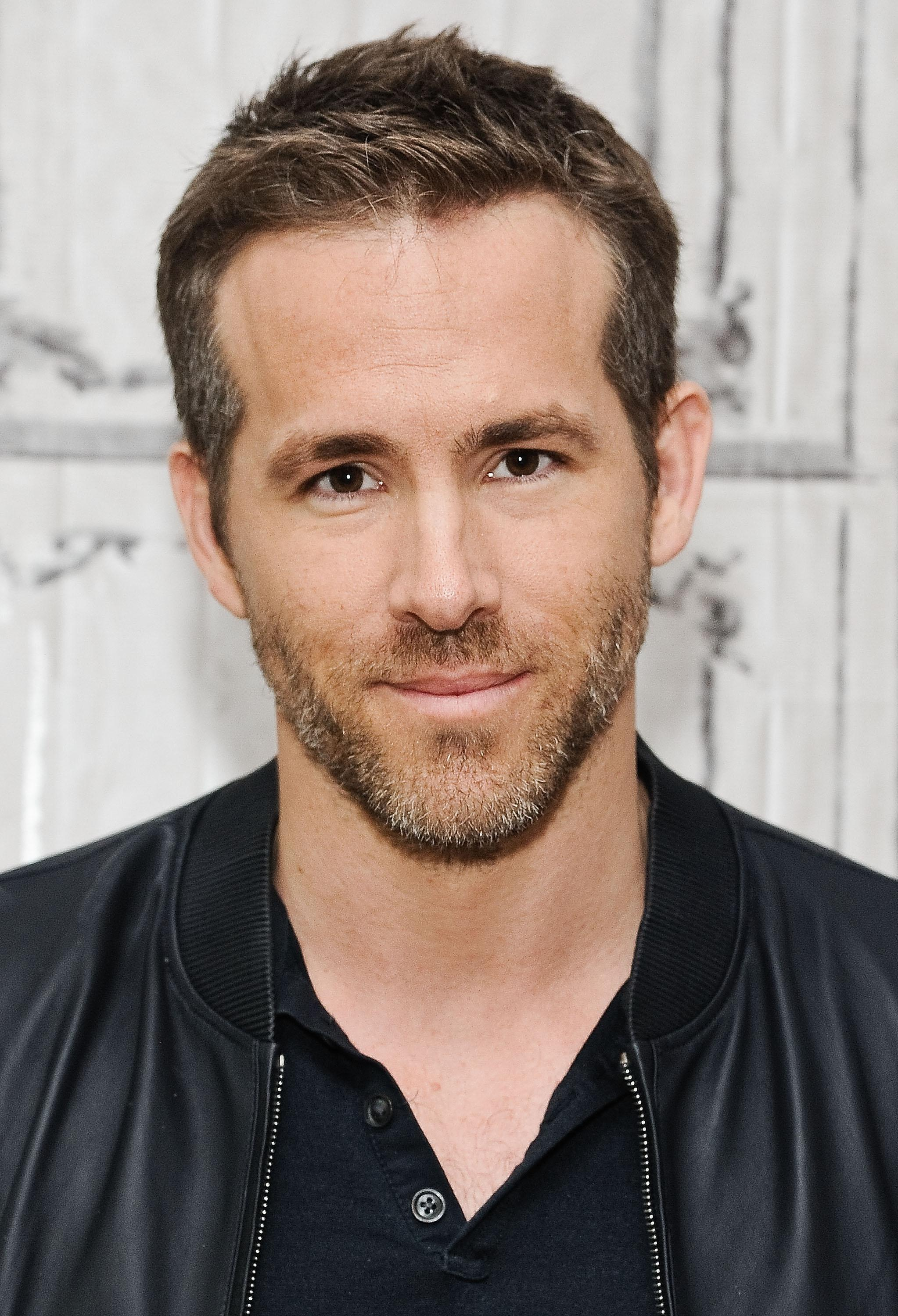 Ryan Reynolds Proves Why Double Dating is a Terrible Idea Ryan Reynolds