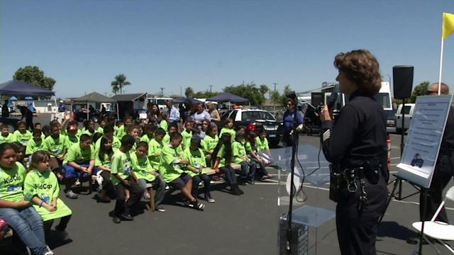 Gardena elementary students participate in LAPD 'Kid Cop' Program