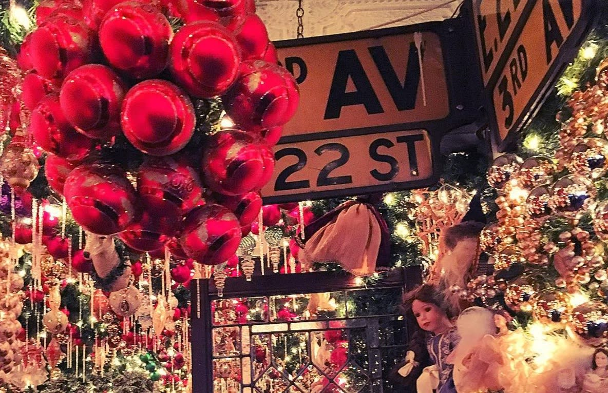 This New York Restaurant Has Taken Christmas Decorations