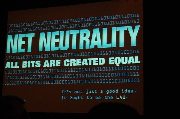 Senate to vote on net neutrality repeal today, Obama counters with a veto threat (update: 52-46 vote in favor of net neutrality)