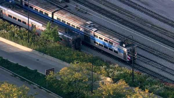Metra Electric, South Shore trains moving again; Possible suspicious package cleared at Van Buren station