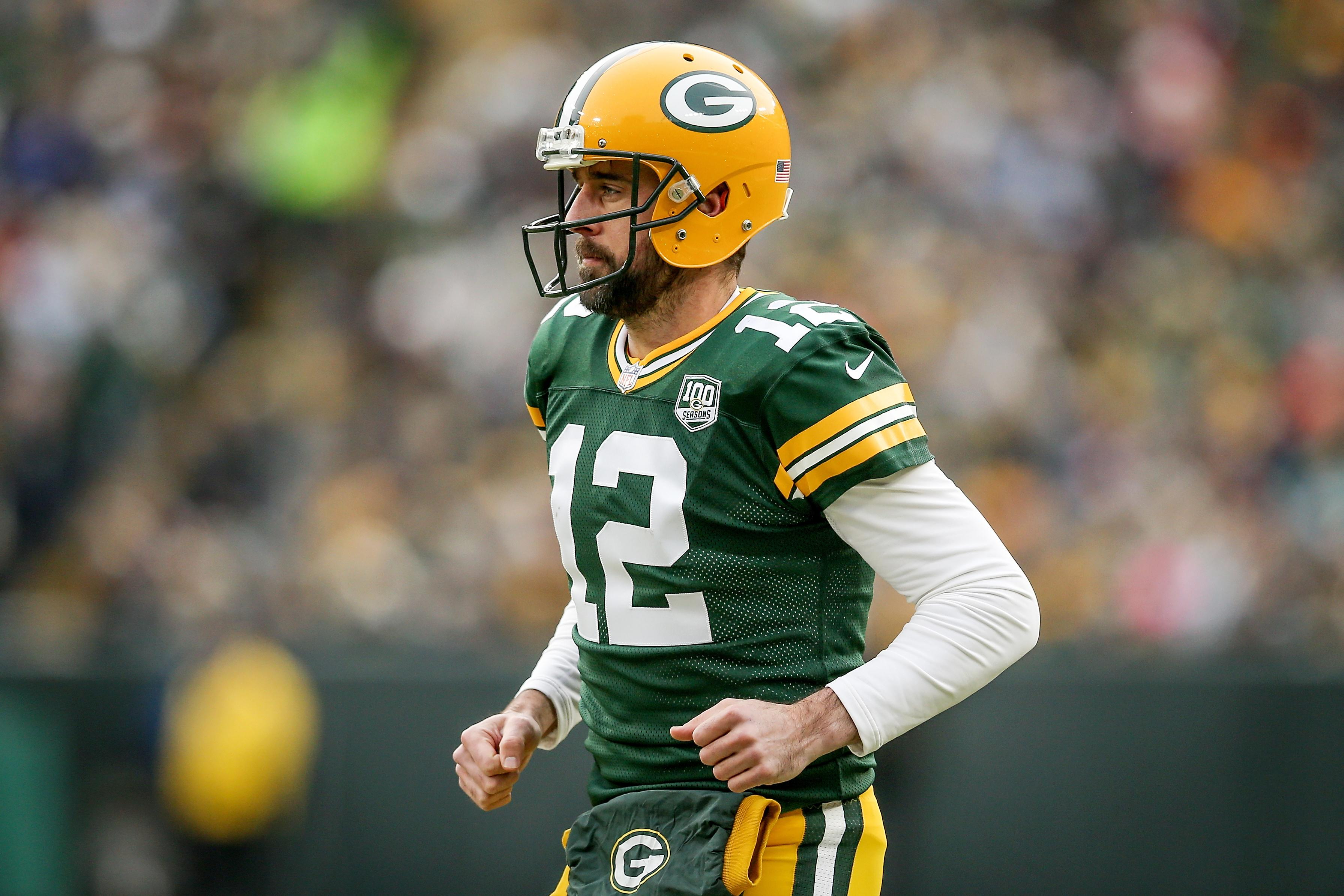 Leaves Are Turning And Brett Favre Is >> Nfl Brett Favre On Packers Coach Aaron Rodgers