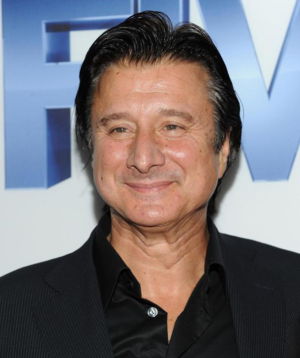 Who is steve perry dating now