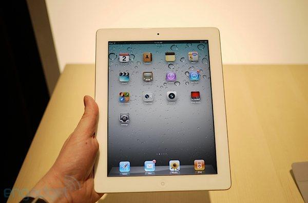 iPad 2 first hands-on! (update: even more video!)