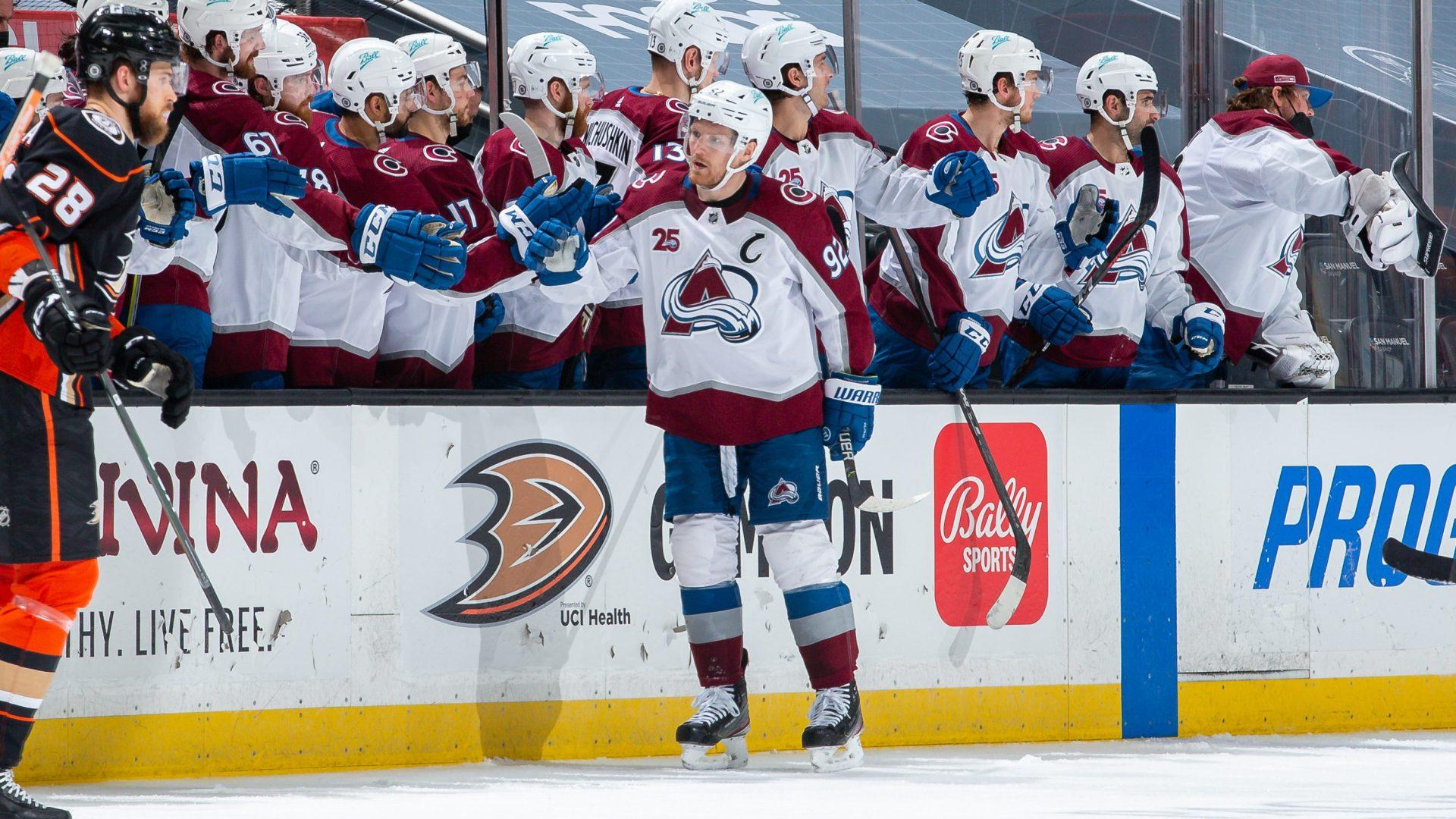 The Buzzer: Landeskog leads Avs; Fleury ties Belfour, Roy