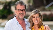 """GMB's Kate Garraway """"finding new ways of staying strong"""" as husband 'fights hard' against COVID-19"""