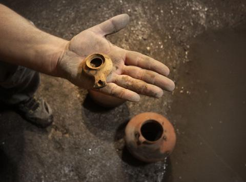 Traces of Wartime Famine Unearthed in Jerusalem