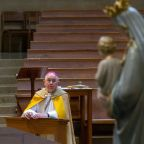 US Catholic bishops meet amid divisions on Communion policy