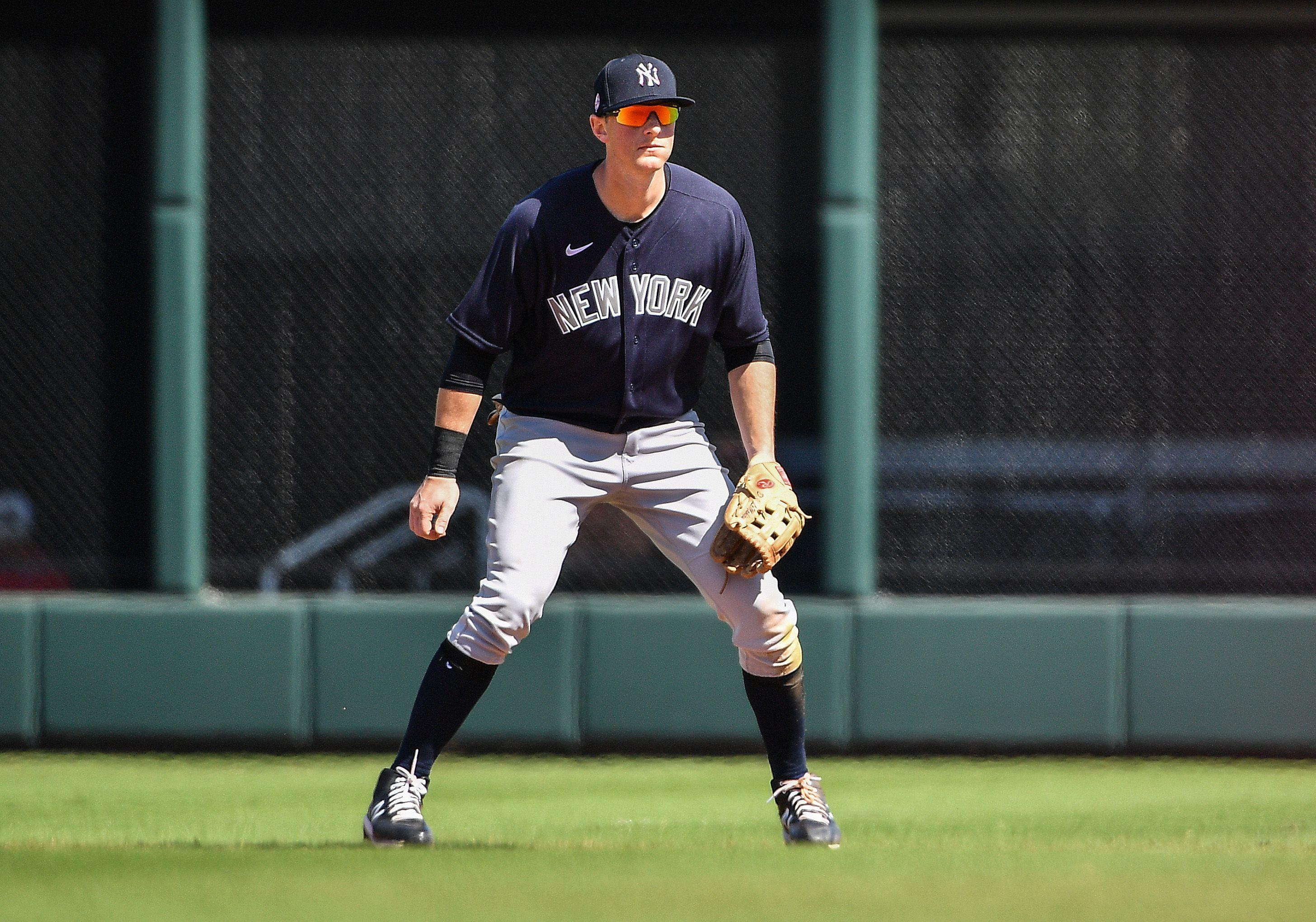 DJ LeMahieu works overtime in push to make Yankees Opening Day lineup