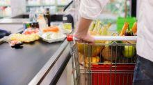 """Coronakrise: Rewe-Markt öffnet nur für """"Alltagshelden"""""""