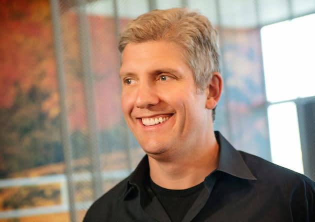 Google grabs ex-Motorola president to unify its hardware groups