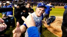Three Hernandez homers lift Dodgers into World Series