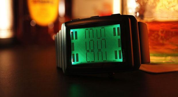 Tokyoflash Kisai OTO watch reacts to sound, combines time read-out with graphic equalizer (video)