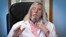 La historia del microbiólogo francés que puso patas arriba a la comunidad científica con una supuesta cura 100% efectiva para el covid-19